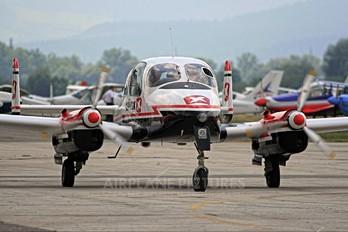 OM-FOF - Private LET L-200 Morava