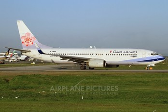 B-18605 - China Airlines Boeing 737-800