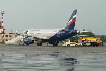 RA-89008 - Aeroflot Sukhoi Superjet 100