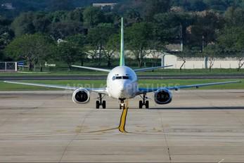 - - WebJet Linhas Aéreas Boeing 737-300