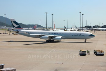 B-HXD - Cathay Pacific Airbus A340-300