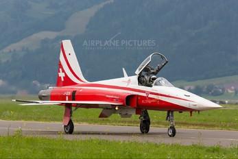 J-3091 - Switzerland - Air Force:  Patrouille de Suisse Northrop F-5E Tiger II