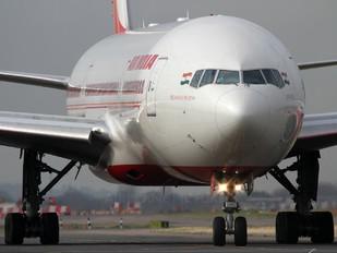 VT-ALB - Air India Boeing 777-200LR