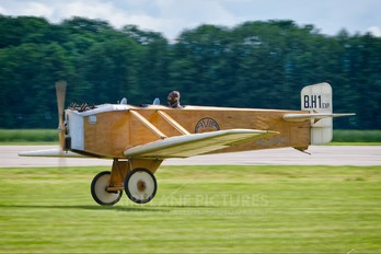 OK-GUU 25 - Private Avia BH.1