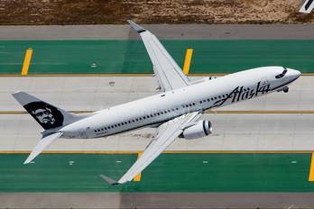 N524AS - Alaska Airlines Boeing 737-800