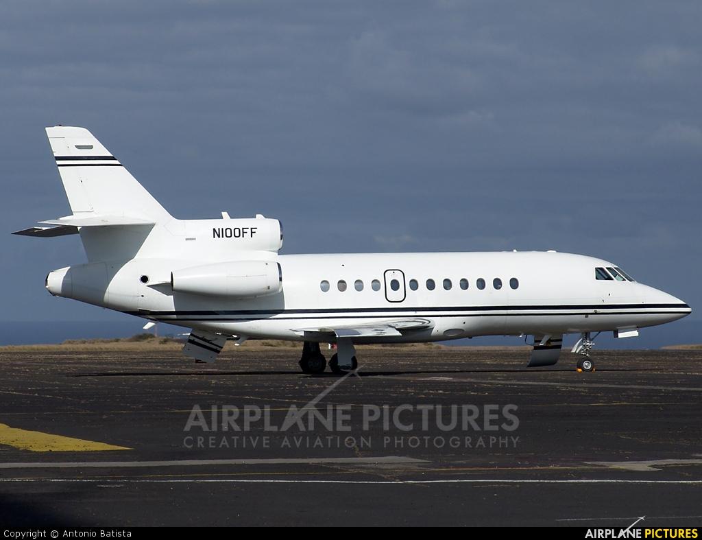 Private N100FF aircraft at Azores - Santa Maria