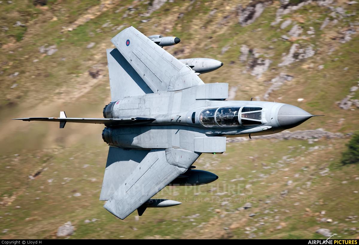 Royal Air Force ZA550 aircraft at Machynlleth LFA7