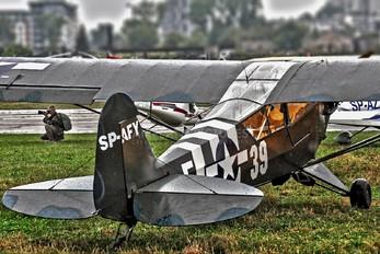 SP-AFY - Private Piper J3 Cub