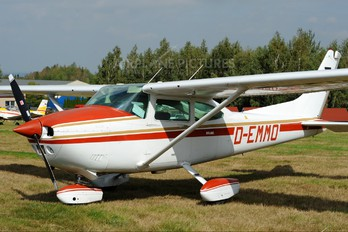 D-EMMO - Private Cessna 182 Skylane (all models except RG)