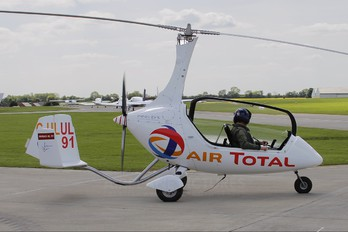 G-ULUL - Private Rotorsport Calidus