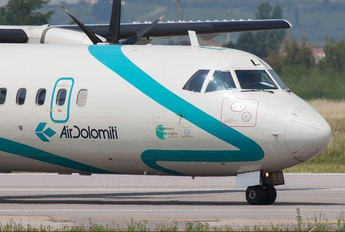 I-ADLK - Air Dolomiti ATR 72 (all models)