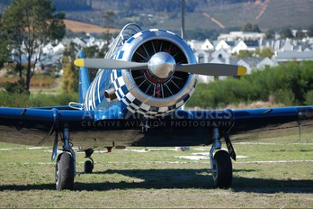ZU-AZW - Private North American Harvard/Texan (AT-6, 16, SNJ series)