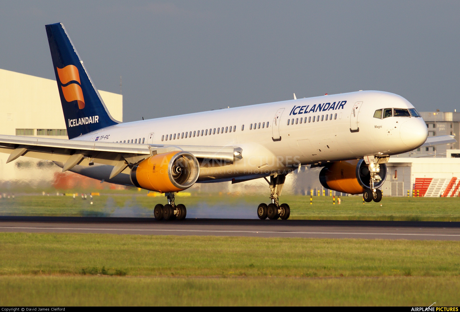 Icelandair TF-FIC aircraft at London - Heathrow