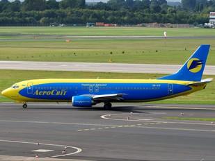 UR-KIV - Aerosvit - Ukrainian Airlines Boeing 737-400