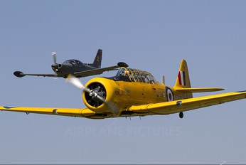 G-BWUL - Private North American Harvard/Texan (AT-6, 16, SNJ series)