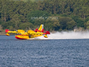 UD.13-21 - Spain - Air Force Canadair CL-215T