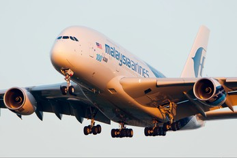 9M-MNF - Malaysia Airlines Airbus A380