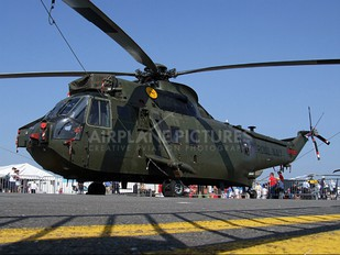 ZF122 - Royal Navy Westland Sea King HC.4