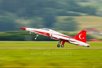70-3036 - Turkey - Air Force : Turkish Stars Canadair NF-5A