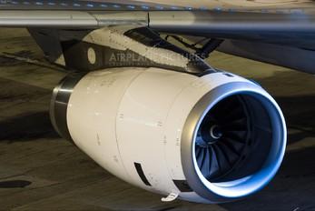 CC-BAL - LAN Airlines Airbus A320