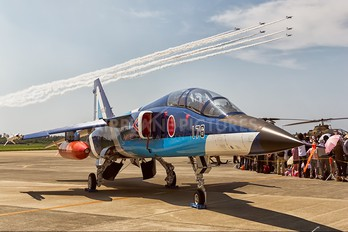 29-5176 - Japan - ASDF: Blue Impulse Mitsubishi T-2