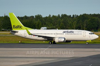YL-BBL - Air Baltic Boeing 737-300