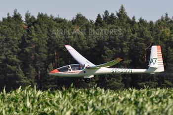 SP-3371 - Aeroklub Leszczyński PZL SZD-42 Jantar