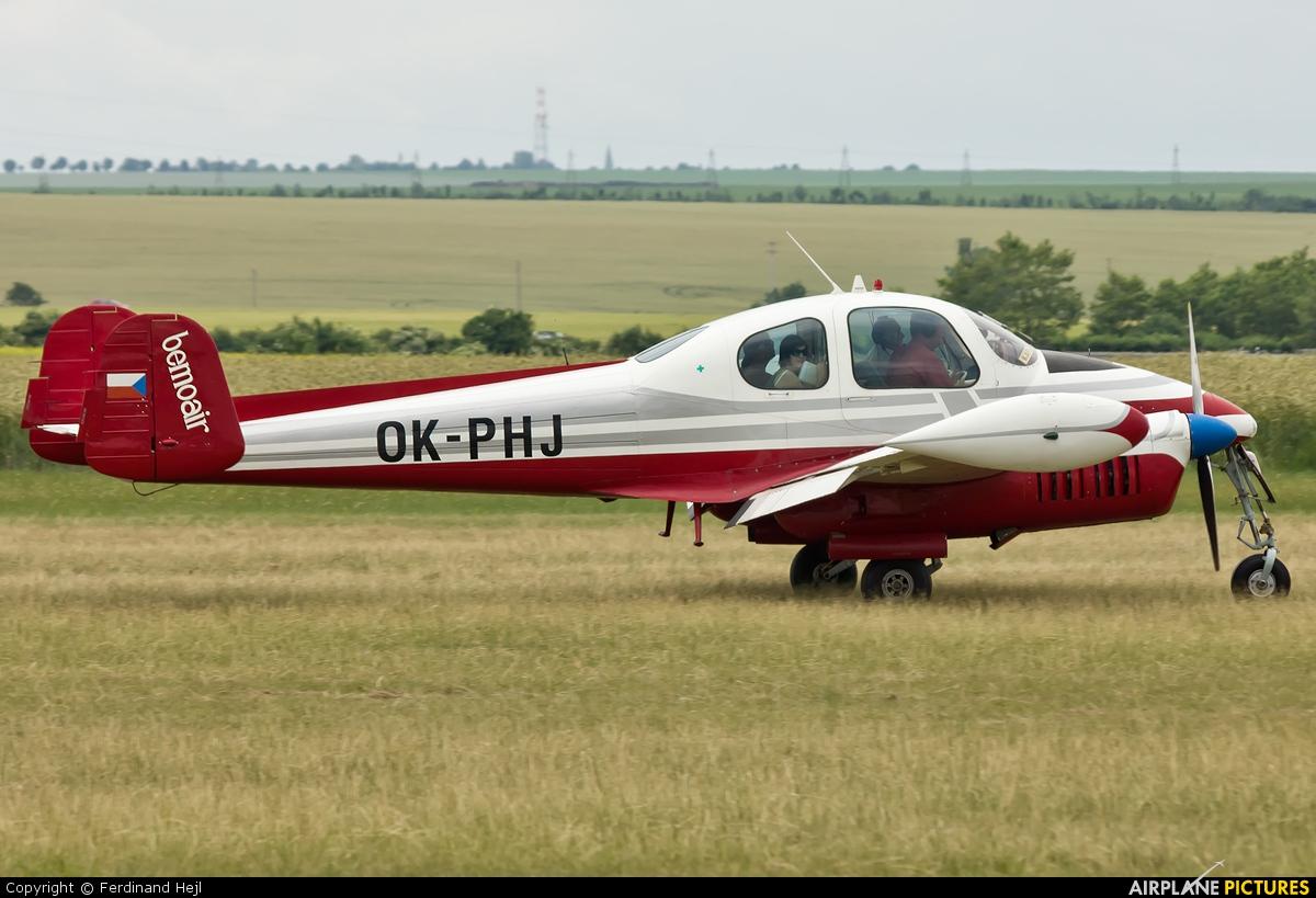 Bemoair OK-PHJ aircraft at Roudnice nad Labem