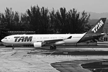PT-MVV - TAM Airbus A330-200