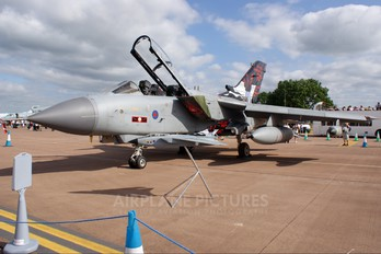ZA412 - Royal Air Force Panavia Tornado GR.4 / 4A