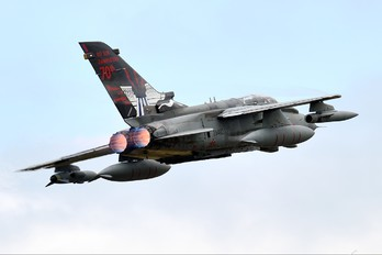 ZA492 - Royal Air Force Panavia Tornado GR.4 / 4A