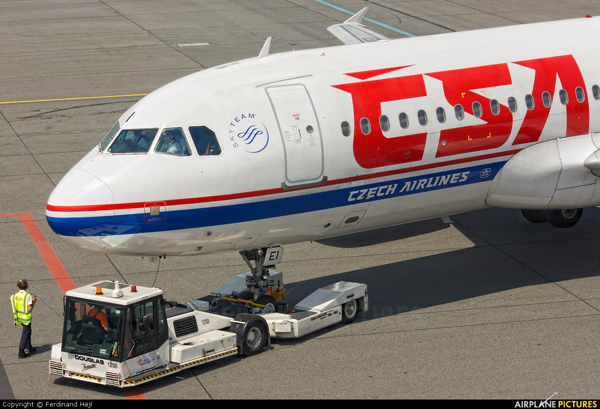 CSA - Czech Airlines OK-MEI aircraft at Prague - Václav Havel