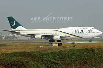 AP-BFU - PIA - Pakistan International Airlines Boeing 747-300