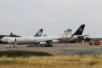 LV-FPV - Aerolineas Argentinas Airbus A340-300