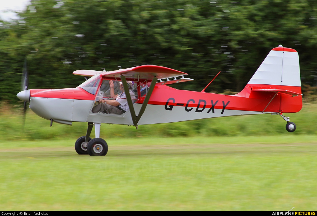 Private G-CDXY aircraft at Stoke Golding