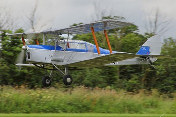 G-AOIR - Private Thruxton Jackaroo