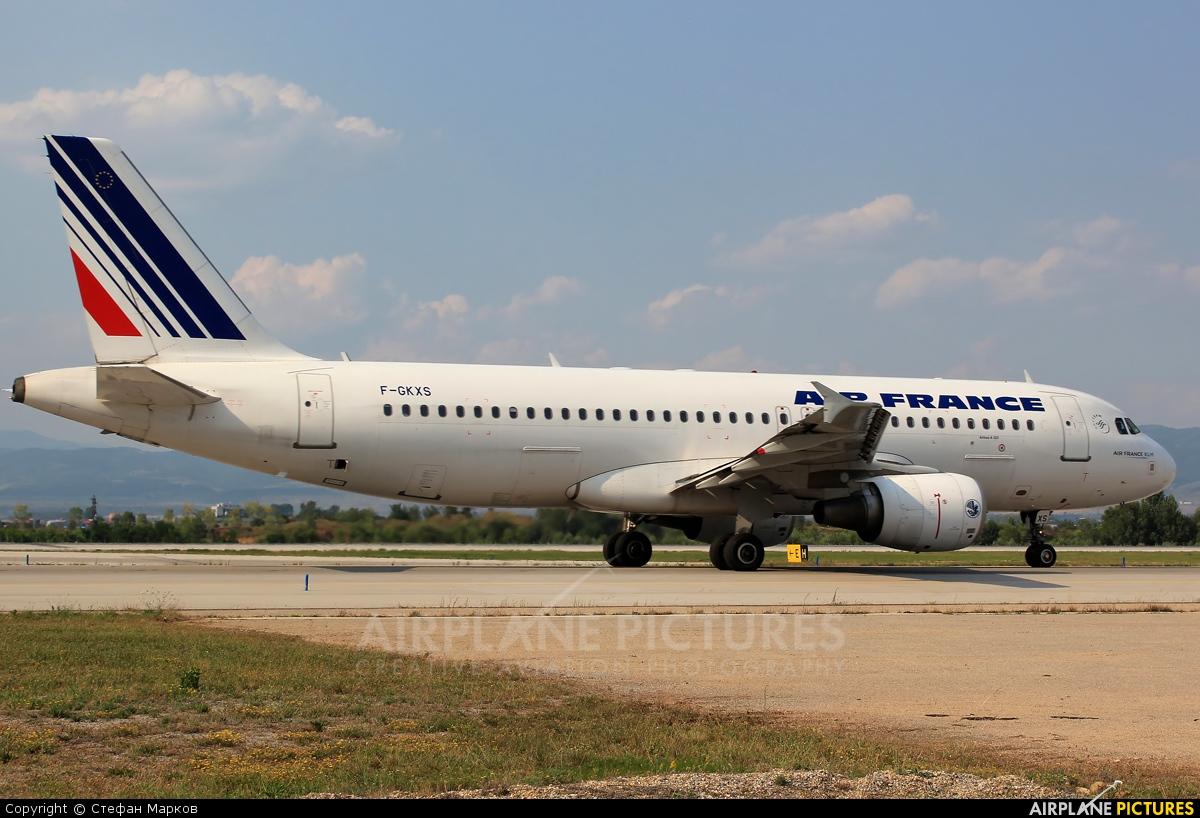 Air France F-GKXS aircraft at Sofia