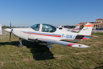 F-GUKJ - Private Grob G120A