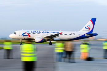 VP-BQZ - Ural Airlines Airbus A320