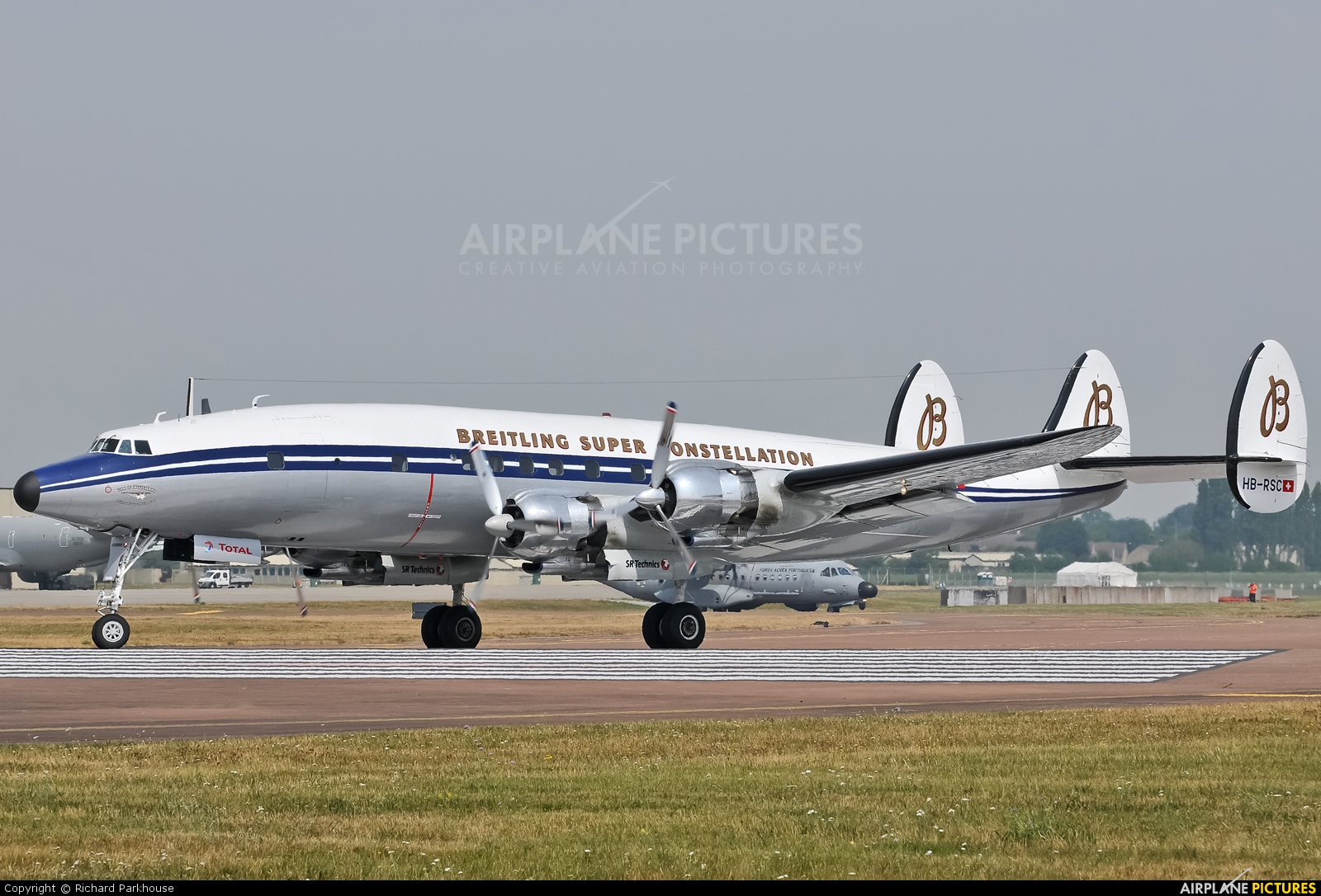 Super Constellation Flyers HB-RSC aircraft at Fairford