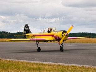 EC-IAS - Private Yakovlev Yak-52