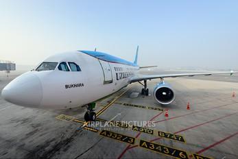 UK31003 - Uzbekistan Airways Airbus A310