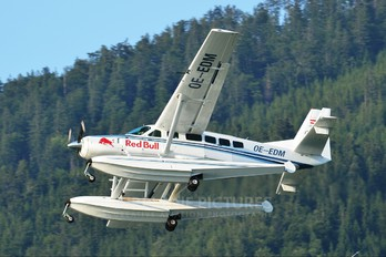 OE-EDM - The Flying Bulls Cessna 208 Caravan