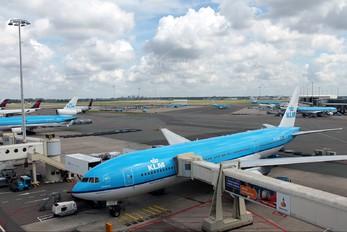 PH-BQE - KLM Boeing 777-200ER