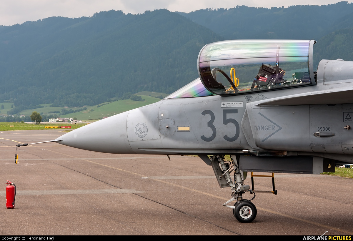 Hungary - Air Force 35 aircraft at Zeltweg