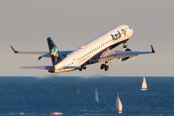 PR-AZI - Azul Linhas Aéreas Embraer ERJ-190 (190-100)