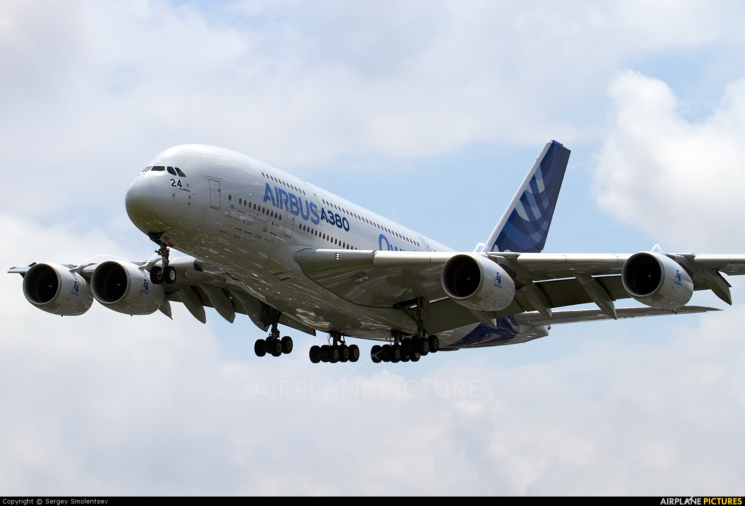 Airbus Industrie F-WWDD aircraft at Paris - Le Bourget