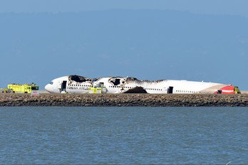 HL7742 - Asiana Airlines Boeing 777-200ER