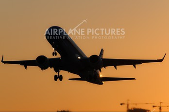 LV-CIF - Austral Lineas Aereas Embraer ERJ-190 (190-100)