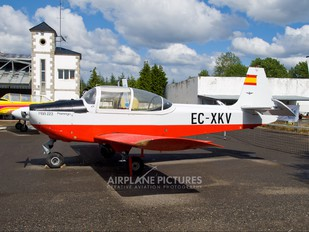 EC-XKV - Private MBB 223M-4 Flamingo